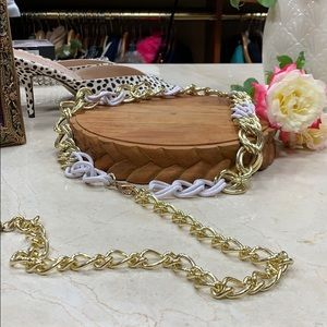 CHAIN LINK BELT IN GOLD AND WHITE